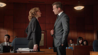 Suits: Season 5: Live to Fight...